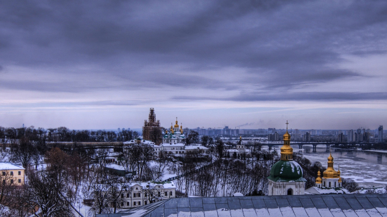 europe, winter, and moscow image