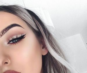 beauty, stylé, and eyebrows image