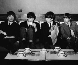 the beatles, Paul McCartney, and ringo starr image