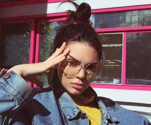 keeping up with the kardashians, Kendall, and kardashan image