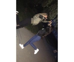 lizzi mcdiarmid, air max, and best friends image