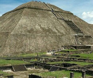 paseo, teotihuacan, and historia image