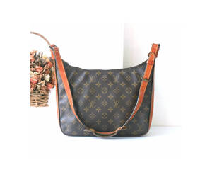 brown, PM, and luxury bag image