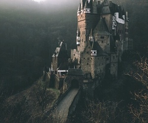 castle and travel image