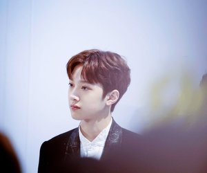 wanna one, lai kuanlin, and guanlin image