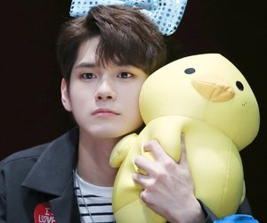 wanna one, ong seongwoo, and ong seungwu image