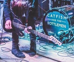 catfish and the bottlemen and van mccann image