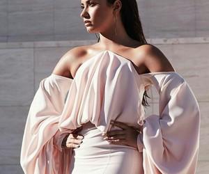 photoshoot, beautiful, and pink image