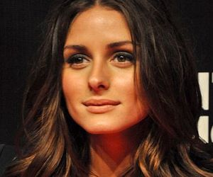 brunette, olivia palermo, and short hair image