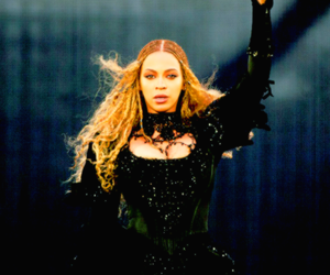 london, wembley stadium, and queen bey image