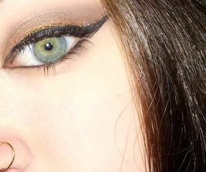 green eyes, makeup ideas, and fall makeup image