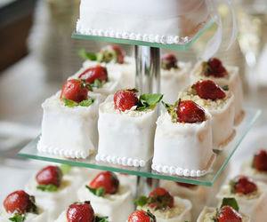 cupcake, sweet, and wedding image