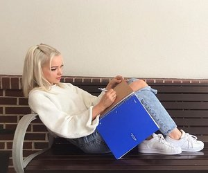 dove cameron, dovecameron, and blonde image