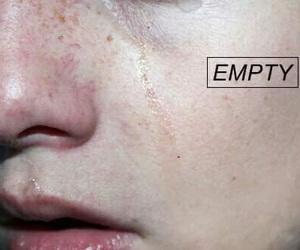 aesthetic, cry, and empty image