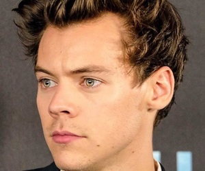 Harry Styles, styles, and dunkirk image