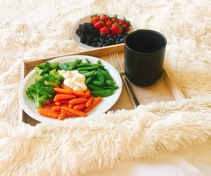 brunch, fit, and FRUiTS image