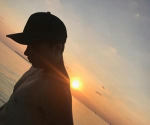 boy, sunrise, and brooklyn beckham image