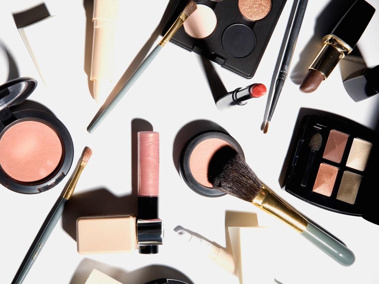 makeup, eyeshadow, and article image