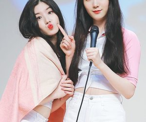 roa, xiyeon, and pristin image