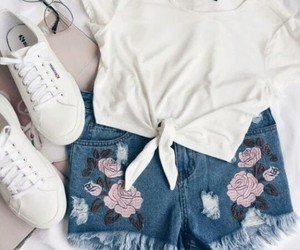 blusa, glasses, and jeans image