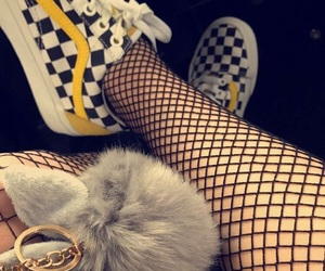 fishnet and yellow image