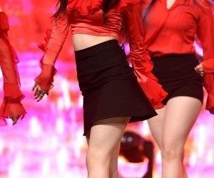 kpop, stage, and xiyeon image