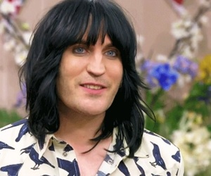 blue, noel fielding, and gbbo image