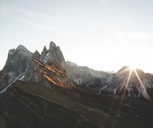mountain and sun image