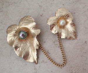 costume jewelry, vintage jewelry, and sarah coventry image