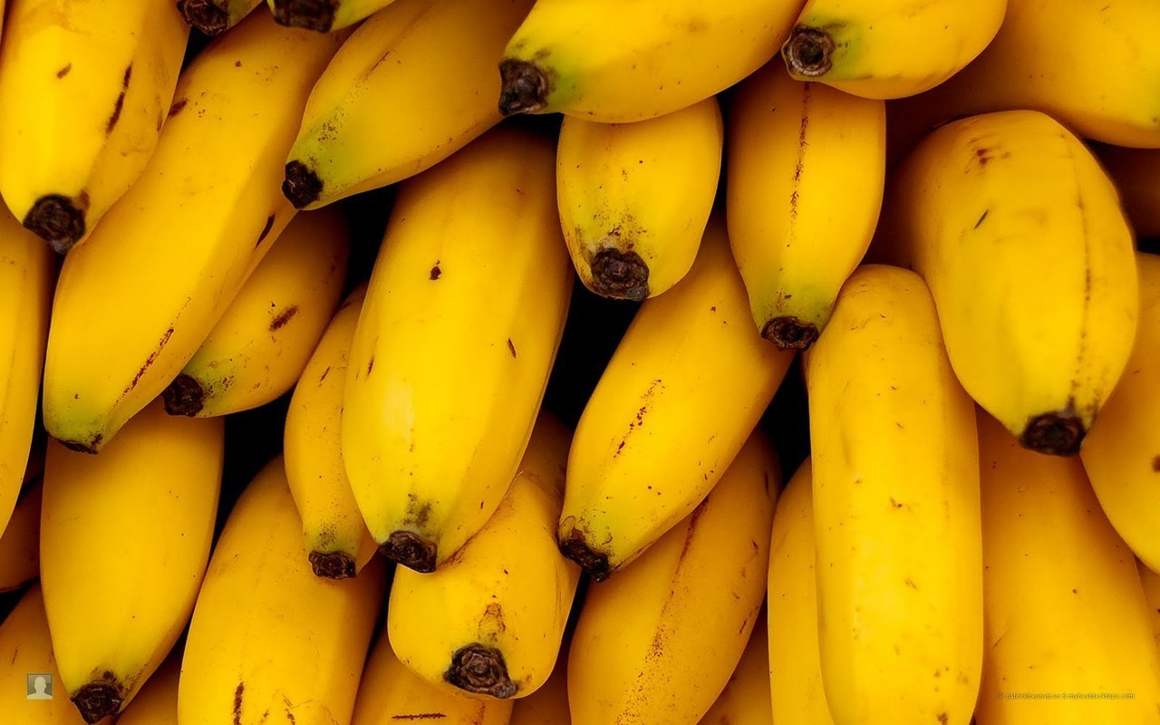 banana and article image