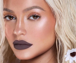 kylie jenner, makeup, and lips image