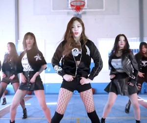 dreamcatcher, girl group, and music image