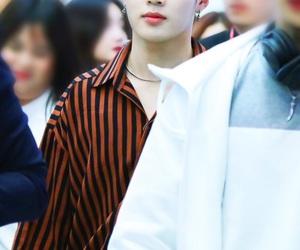 asian boy, kpop, and hotshot image