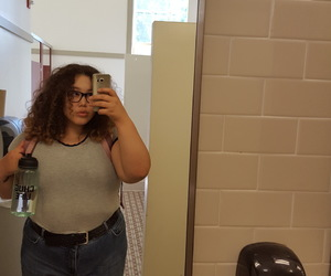 beauty, body positive, and clothes image