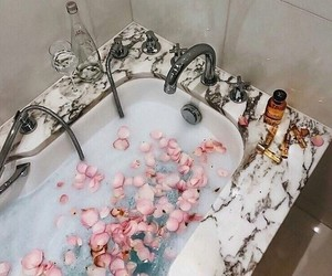 bath, bathroom, and flowers image