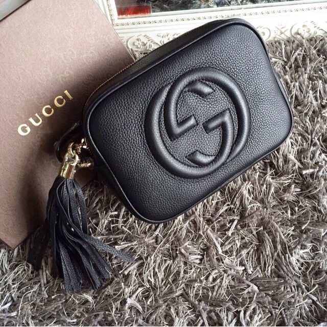 accessories, wallet, and gucci image