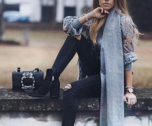 city, fashion, and ripped jeans image