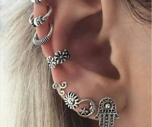 piercing, beauty, and moda image
