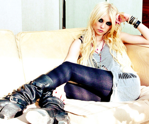 Taylor Momsen, jenny humphrey, and the pretty reckless image