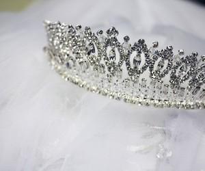 crown, diamond, and jewelry image