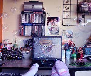 bubbles, couple, and mugs image