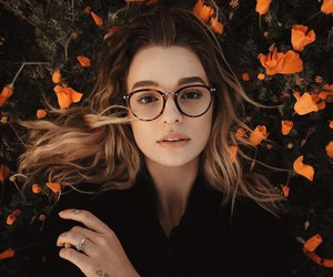 girl, autumn, and glasses image
