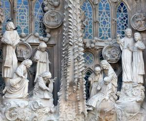 Sagrada Familia, spain, and barselona image