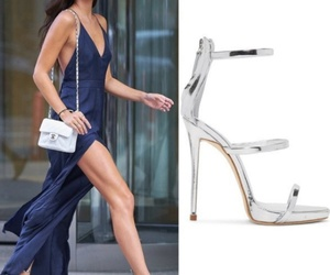 easel, steal her style, and model image