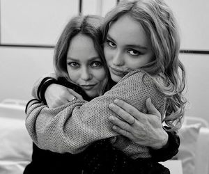 b&w, black and white, and lily-rose depp image