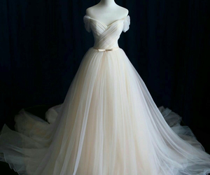 wedding dress, dress, and prom dresses image