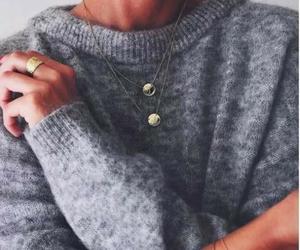 fashion, moda, and SIM image