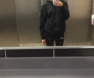 aesthetic, alternative, and bathroom image