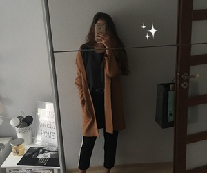 autumn, outfit, and coat image