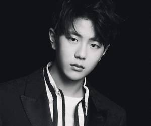 black and white, bomin, and kpop image